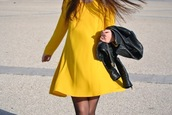 walk with confidence,jacket,dress,shoes