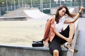style scrapbook blogger top t-shirt bag jacket shoes jewels