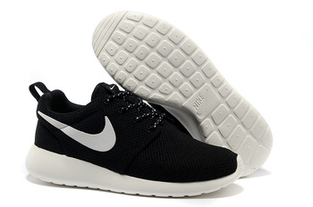 HOT Sell women nike roshe run shoes,nike shoes,nike running shoes,free shipping,size 36 39-in Running Shoes from Sports & Entertainment on Aliexpress.com