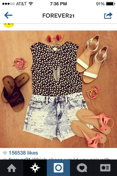 shirt forever 21 t-shirt polka dots shorts shoes sunglasses jewels