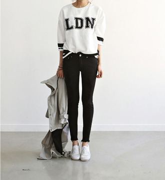 sweatshirt black and white girl jeans weheartit cool sweater back to school