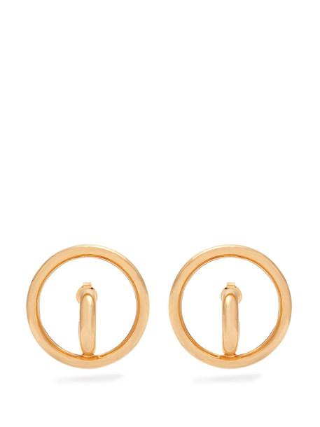 Charlotte Chesnais earrings gold jewels