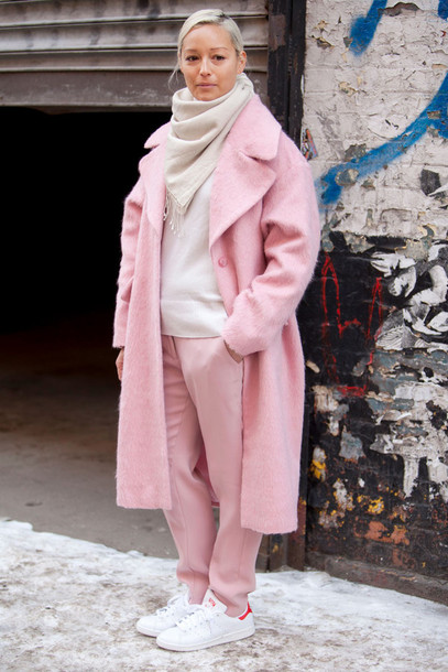 Coat: pink winter outfit, pink coat, oversized, sweater, beige ...
