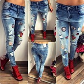 jeans,denim,denim overalls,ripped jeans,high waisted jeans,skinny jeans,blue jeans,boyfriend jeans,flare jeans,white ripped jeans,blue,sexy,outfit,streetwear,streetstyle,street goth