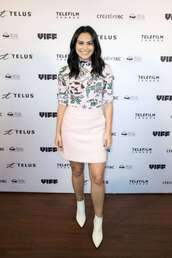 skirt,ankle boots,camila mendes,mini skirt,top,turtleneck,celebrity,fall outfits