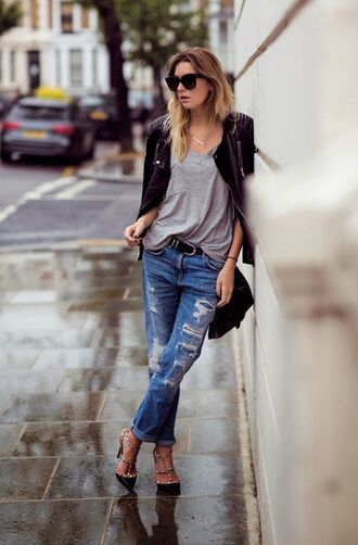 jeans grey shirt leather jacket distressed denim jeans black heels blogger sunglasses shoes