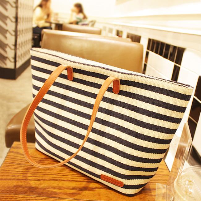[grhmf22000105]Retro Leisure Navy Style Strip Print Canvas Handbag