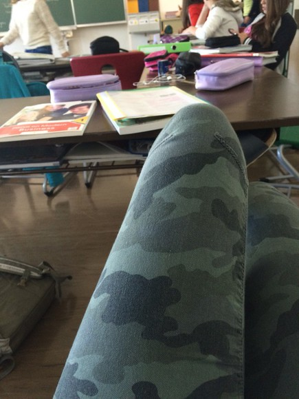 military jeans military green