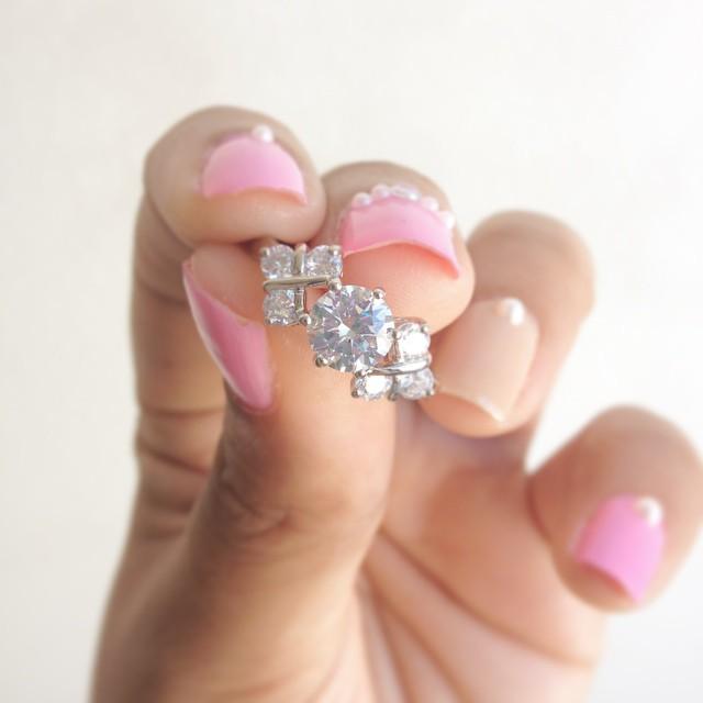 Crystal hearts ring