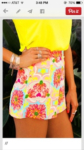 shorts,vibrant color,bright shorts,flowered shorts,cute,yellow shorts,pink shorts,pretty,bright,High waisted shorts,flowers