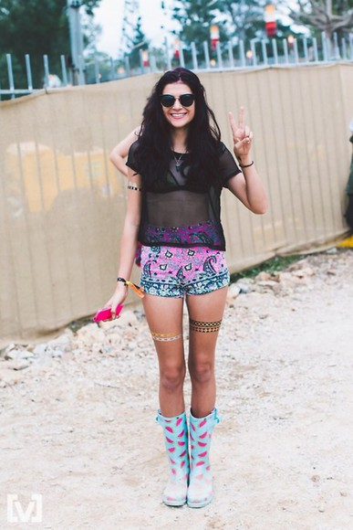 coachella hipster summer outfits shoes paisley watermelon print wellies boots High waisted shorts