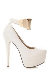 shoes,heels,platform heels,gold,white platform heels,white platforms,platform pumps