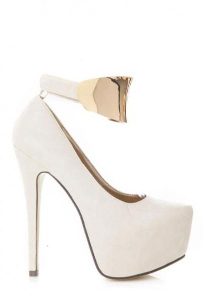 shoes heels platform heels gold white platform heels white platforms platform pumps