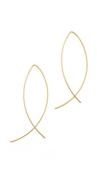 classic earrings gold jewels