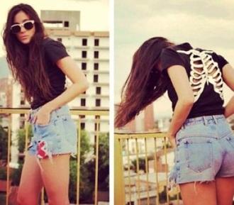 shirt black bones