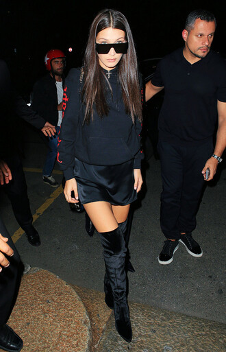 shoes tumblr black boots pointed boots boots over the knee boots velvet velvet shoes velvet boots dress mini dress slip dress sweater over dress sweater sweatshirt sunglasses black sunglasses all black everything bella hadid model model off-duty