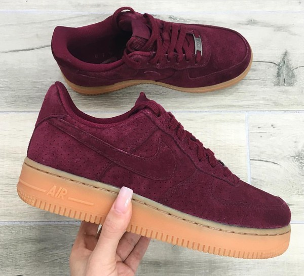 f0be6de59bb7 Womens Nike Air Force 1  07 Suede Deep Garnet Gum UK7 EUR41 NWB ...