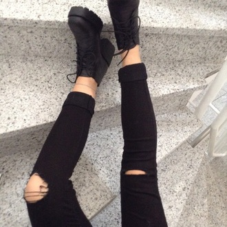 jeans skinny jeans ripped knees black white shoes
