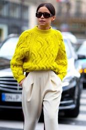 sweater,pullover,yellow,summer,spring,blackfashion,sweat,boyfriend,blog,blogger,pastel,sweatshirt,oversized sweater