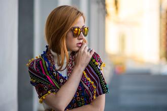 lindarella blogger mirrored sunglasses scarf red hair