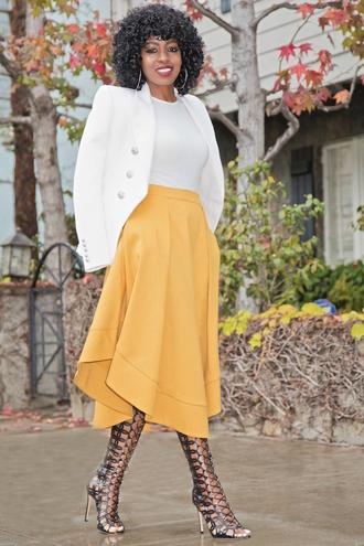 blogger jacket skirt dress shoes midi skirt yellow skirt white jacket