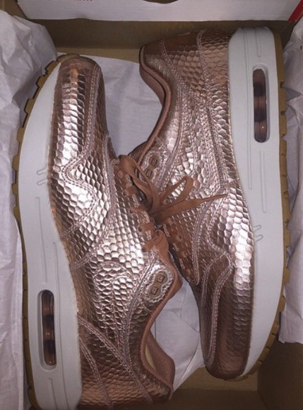 nike sneakers gold swoosh