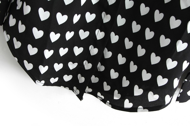 Black Lapel Long Sleeve Hearts Print Blouse - Sheinside.com