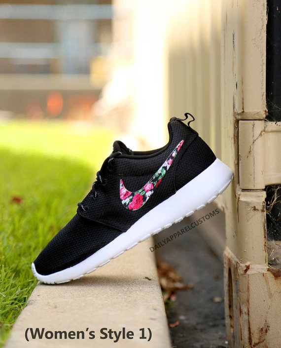 promo code 1a871 bc85d Custom Floral Roses Nike Roshe Run Shoes Fabric Pattern Mens