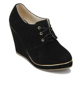 shoes wedges black booties ankleboots gold black and gold all black and gold wishlist heels lace up ankle boots size 11 heel lace up cute shoes suede ankle boots