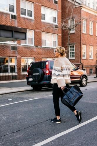 the courtney kerr blogger coat t-shirt shoes bag jewels sunglasses