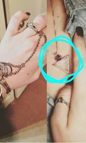 jewels,purple,necklace,triangle,grunge,cute,jewelry,tumblr