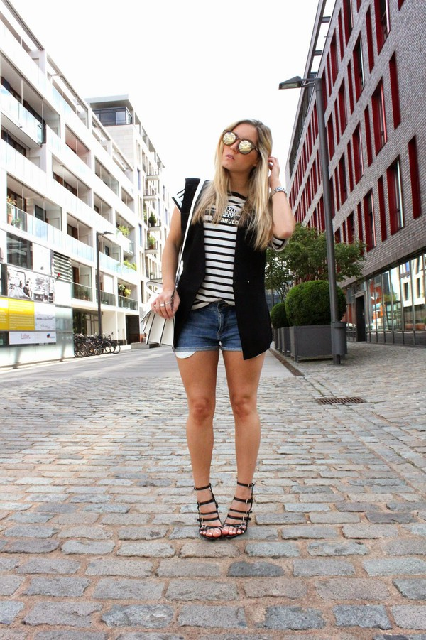 fashion twinstinct jeans shoes bag sunglasses jewels shirt shorts