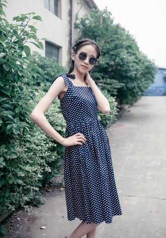 halter dress 50s style vintage dress pin up rockabilly dress polka dots dressses dress womens fahsion cute sunglasses vintage sunglasses