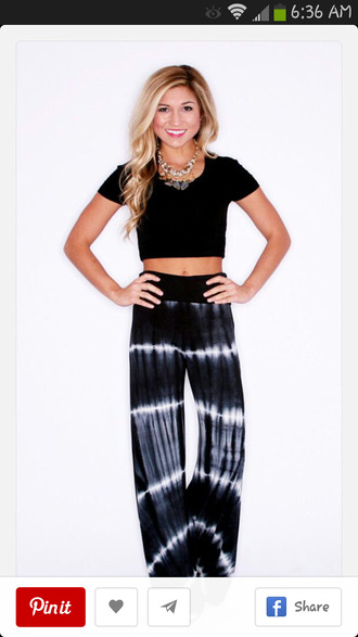 pants tie dye palazzo pants high waisted pants top comfy style black and white blonde hair hippy pants shirt bohemian fashion black white hippie jewels glass earrings murano jewelry silver jewelry earrings statement earrings handmade jewellry