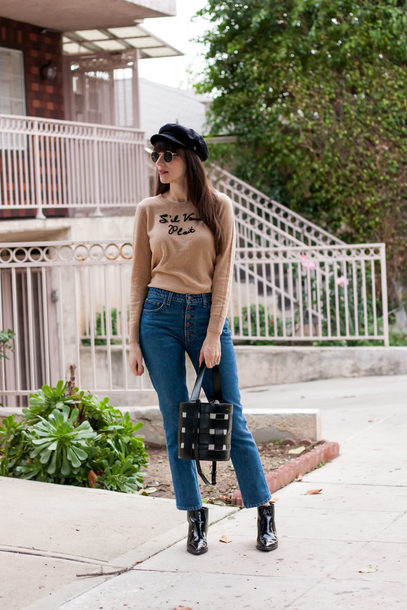jewels jeans jeans and a teacup blogger sweater shoes bag hat sunglasses fall outfits ankle boots