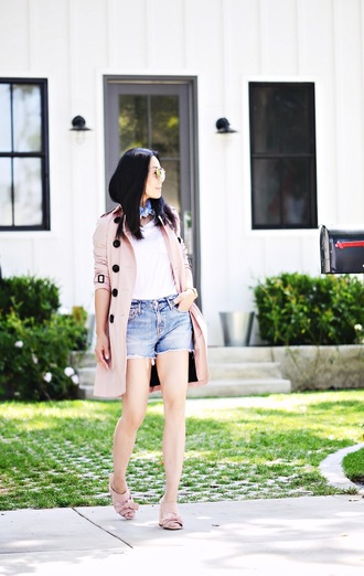 hallie daily blogger coat shorts shoes bag scarf sunglasses t-shirt jewels