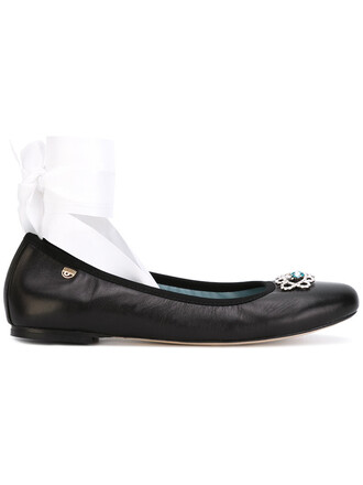 women lace leather black shoes