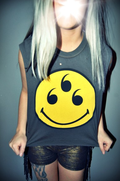 smiley face shirt acacia clark acacia brinley grey t-shirt yellow tank top smile t-shirt summerhype