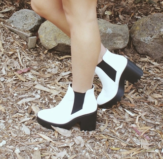 shoes ankle boots chelsea boots white white boots boots hipster cute style stylish trendy grunge grunge shoes grunge wishlist alternative cool tumblr tumblr shoes tumblr clothes girl streetwear blogger soft grunge soft grunge boots swag edgy authentic goth hipster goth rock dope dope wishlist date outfit clothes white shoes rad chill on point clothing