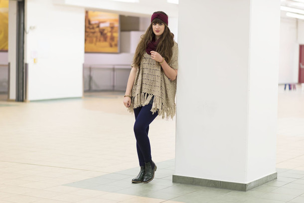 andy sparkles blogger poncho turban