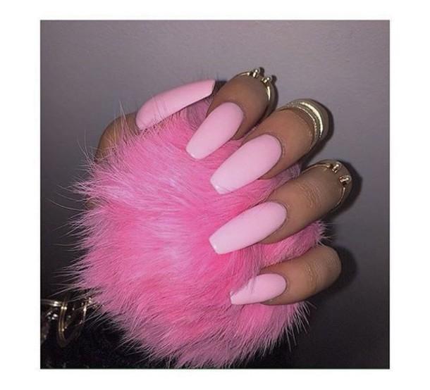 Jewels, Ring, Pink Fur, Fur, Pink, Pink Nails, Gold Mid