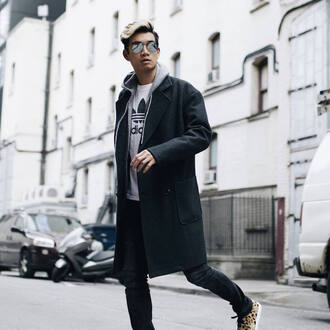 alexander liang blogger coat sweater t-shirt jeans shoes sunglasses