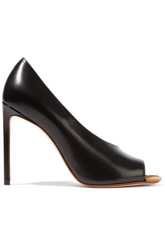hair pumps leather print black shoes