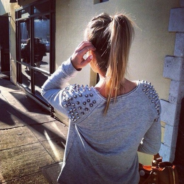 sweater studded sweater tumblr girl blonde hair grey sweater studded shoulders pretty warm spring fall outfits fall sweater summer outfits top