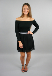 skirt,monochrome,skirts and tops,sports lux,sports luxe,pleated skirt