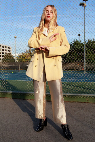 always judging blogger pants shoes bag top trench coat winter outfits