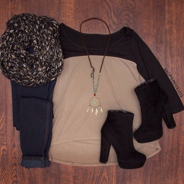 jewels scarf shoes jeans t-shirt