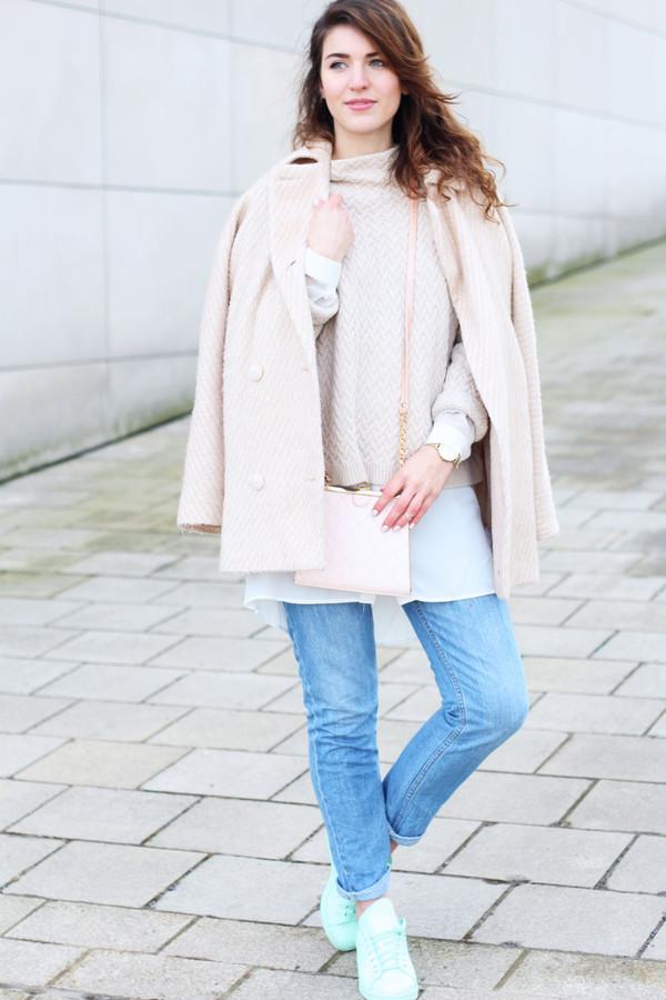 samieze blogger coat sweater shirt bag jeans