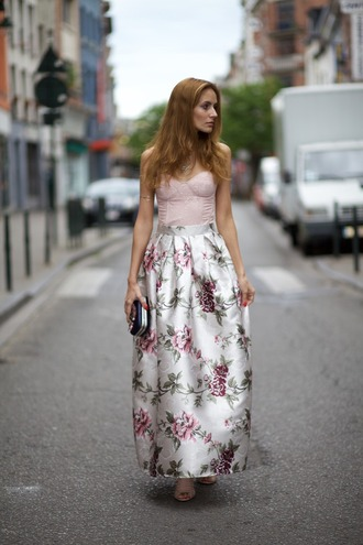 from brussels with love blogger long skirt jacquard roses floral skirt
