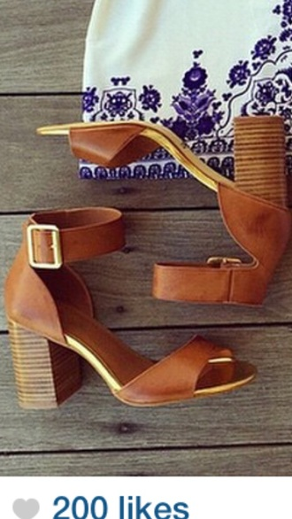 shoes high heel sandals wooden heel